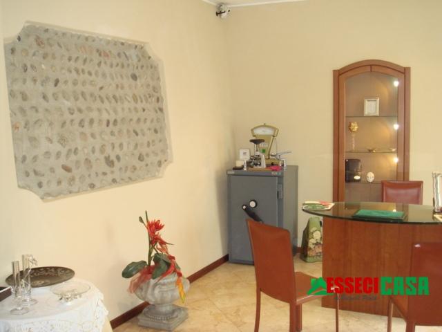 Ufficio / Studio in affitto a Casirate d'Adda, 1 locali, prezzo € 400   PortaleAgenzieImmobiliari.it