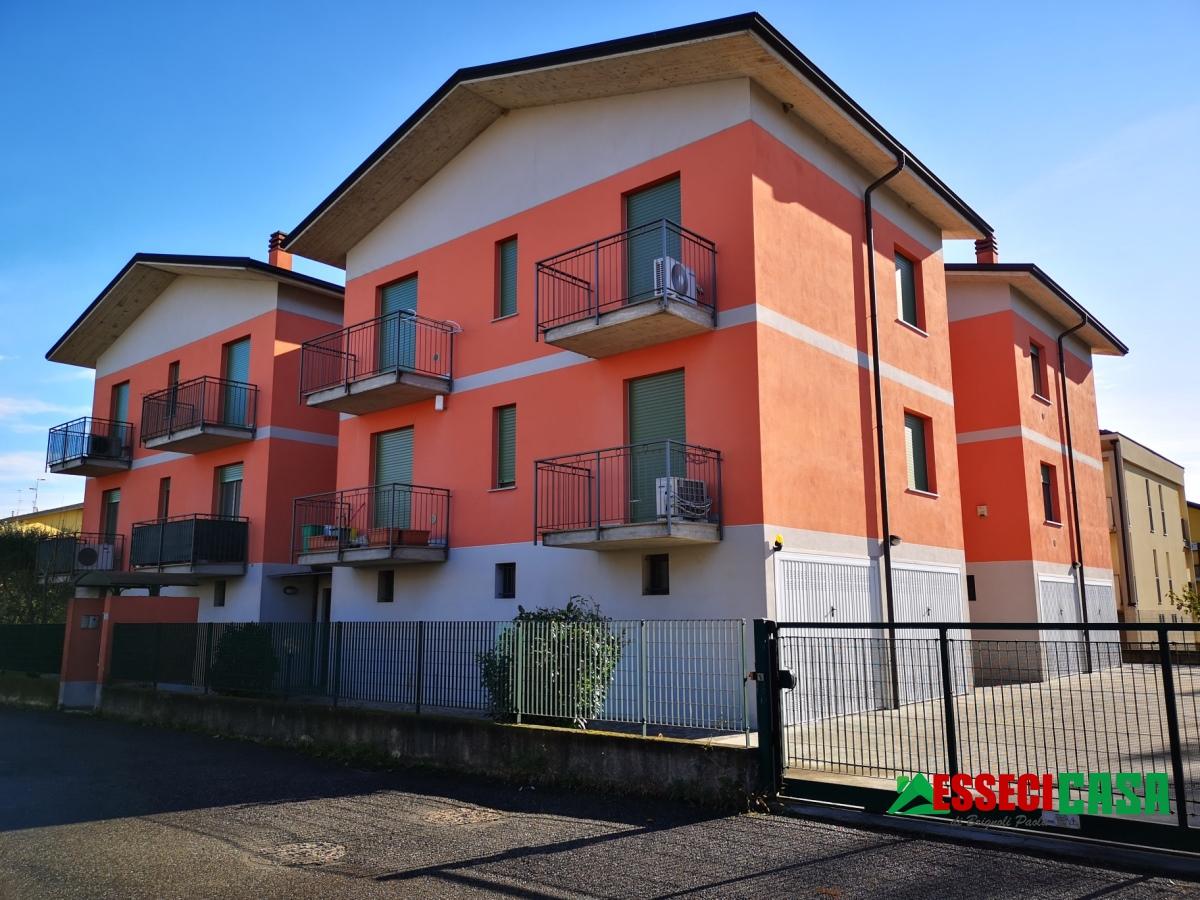 Appartamento in vendita a Mozzanica, 3 locali, prezzo € 115.000 | PortaleAgenzieImmobiliari.it