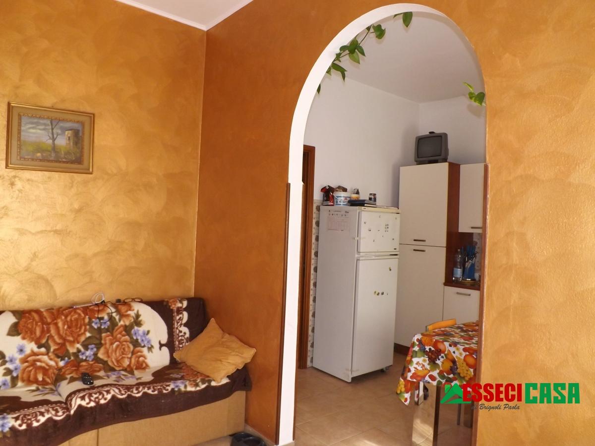 Appartamento in vendita a Casirate d'Adda, 3 locali, prezzo € 70.000 | CambioCasa.it